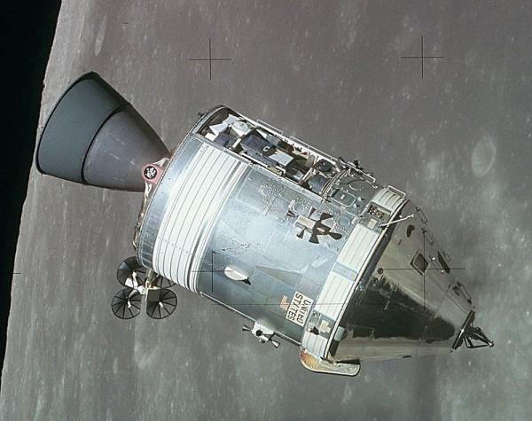 第3回アポロ宇宙船