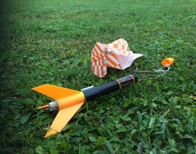 ロケット好きのJK集まれ!  Girls' Rocketry Challenge